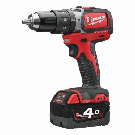 AVVIATORE CON PERCUSSIONE BRUSHLESS 18V MILWAUKEE